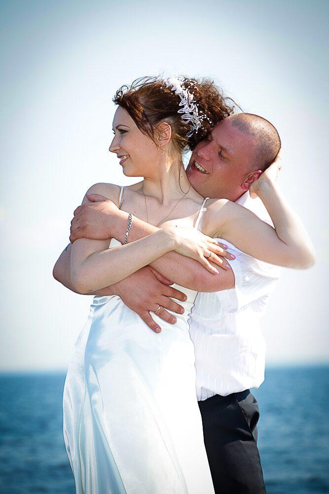 Словами лав стори (love story) обычно называют фотосъемку пары влюбленных, часто - незадолго до свадьбы